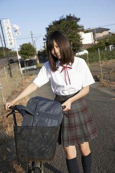 今日も学校、明日も学校・・・(泣)の画像   AKB48画像屋 もやしもん