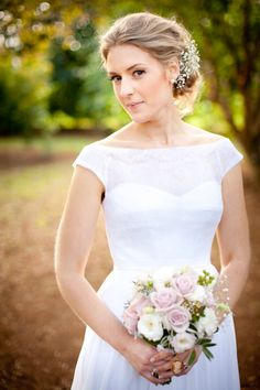 Flowers are such a pretty, cheap and easy way of making an ordinary hairstyle look beautiful and special. So much nicer than a cheap hairclip!