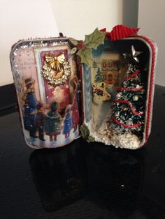 Altered altoid tin - Christmas Decoration made with old Christmas card. Christmas Shadow Boxes, 3d Christmas, Miniature Christmas, Christmas Projects, All Things Christmas, Vintage Christmas, Christmas Decorations, Christmas Ornaments, Christmas Child