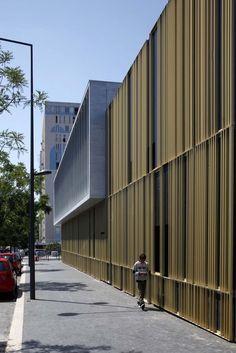 Gallery of Maison du Temps Libre à Stains / Gaetan Le Penhuel Architectes - 7