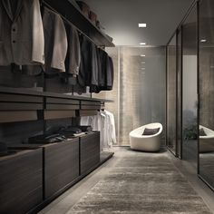 Searching for some fresh suggestions to redesign your closet? See our gallery of leading ideal walk in closet layout ideas and pictures. Walk In Closet Design, Wardrobe Design, Closet Designs, Villa Luxury, Italian Furniture Brands, Closet Layout, Closet Idea, Modern Closet, Dressing Room Design