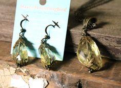 Natural spirit quartz crystal pendant necklace by HavenHummingbird, $35.00