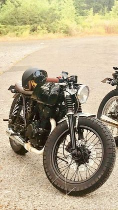 Honda Cafe Racer – About Cafe Racers Cafe Racer Honda, Cafe Bike, Cafe Racer Bikes, Cafe Racer Build, Cafe Racer Motorcycle, Cafe Racers, Motorcycle Outfit, Vintage Cafe Racer, Vintage Bikes