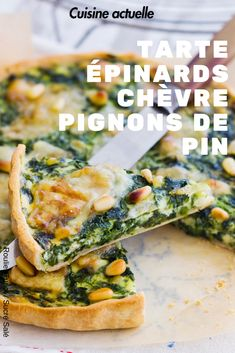 Spinach, goat cheese and pine nuts pie - Summer recipe, savory pie recipe, pine nuts - Vegetarian Pizza Recipe, Pizza Recipes, Veggie Recipes, Lunch Recipes, Summer Recipes, Party Food And Drinks, Batch Cooking, Perfect Food, Diabetic Recipes