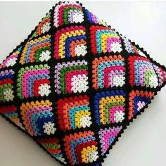 Crochet Motifs, Crochet Quilt, Granny Square Crochet Pattern, Crochet Squares, Crochet Home, Crochet Blanket Patterns, Crochet Granny, Irish Crochet, Crochet Stitches