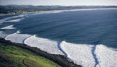 Overview of Lennox Head, NSW, Australia. Australia Vs America, Coast Australia, Australia Travel, Wave City, Water Surfing, Surfing Pictures, Surf Shack, Vintage Surf, Pacific Crest Trail