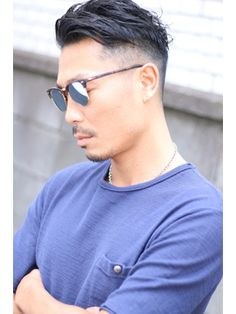 グリーク(GREEK) FIVES 05 アメリカンショート Great Haircuts, Haircuts For Men, Latino Haircuts, Comb Over, Asian Men, Hair Inspiration, Hair Cuts, Mens Sunglasses, Hair Beauty