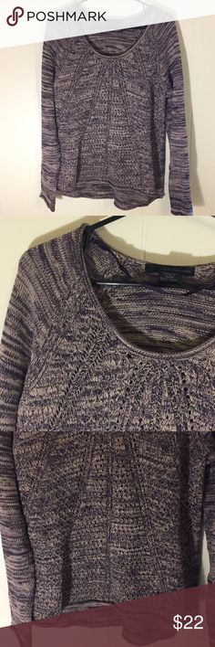 Calvin Klein Jeans Sweater Calvin Klein Jeans Women's Thick Sweater Size Petite Medium This sweater is a purple and beige mixed color It is very soft, thick and warm. Excellent condition, no Stains, holes or rips Size Medium but could fit a large Calvin Klein Jeans Sweaters