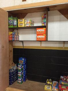 Ms. Amanda Sellers teacher at Anderson Elementary in Sand Springs sent out a distress call this week because of an empty pantry. That distress call was made to Mr. Mike Farley Majority Partner of Keystone Chevrolet. There are some 30 students at Anderson Elementary who rely on the school food pantry so they wont go hungry over the weekend. When Ms. Sellers saw that there was going to be a shortage she knew she could count on the generosity of Mike Farley. Empty cupboard and Full! Thank you…