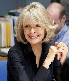 Also too short but long bangs and layers are nice. Diane Keaton Hairstyles Over 50 Hair Styles For Women Over 50, Short Hair Cuts For Women, Medium Hair Styles, Short Hair Styles, Mom Hairstyles, Hairstyles Over 50, Short Hairstyles For Women, Stylish Hairstyles, Fashionable Haircuts