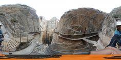 Camino viejo y nuevo en el Caminito del Rey en 360 grados #Vértigo #Valientes #Alturas +info:http://www.pacoyesther.com