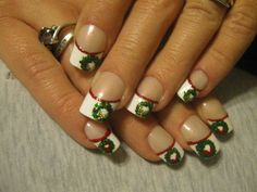 winter and christmas french manicures | Christmas Wreath French Tip-Full False Nails(With Red or Gold Bows ...