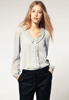 grey pintuck blouse