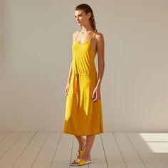 Imagen 1 del producto Vestido tirantes color mostaza
