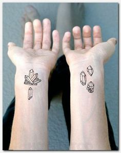 17 Trendy music note tattoo on arm heart Music Tattoo Sleeves, Music Tattoos, New Tattoos, Tattoos For Guys, Sleeve Tattoos, Cool Tattoos, Tatoos, Tree With Birds Tattoo, Tree Tattoo Men