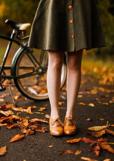 Earthy outfits - An Autumn Bike Ride – Earthy outfits Autumn Rain, Autumn Cozy, Earthy Outfits, Fall Outfits, Rock Outfits, Old Dress, Hipster Outfits, Hipster Clothing, Autumn Photography