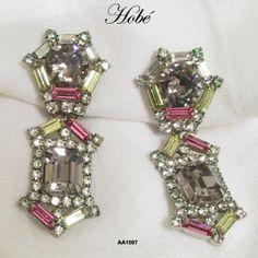 Vintage Hobe Pendant Clipback Earrings