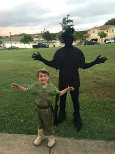 Easy And Frugal Last Minute Halloween Costumes For Kids | Easy halloween costumes Easy halloween and Halloween costumes  sc 1 st  Pinterest & Easy And Frugal Last Minute Halloween Costumes For Kids | Easy ...