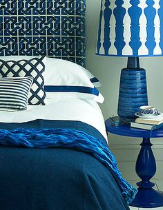 Fun bedroom in shades of blue...