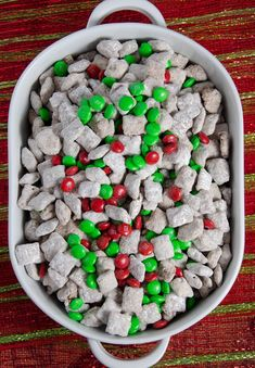 Reindeer Chow: Christmas Chex Muddy Buddies Reindeer Chow, classic puppy chow with a Christmas twist. Easy Christmas Chex Muddy Buddies is sure to be a instant classic Christmas favorite. Christmas Snack Mix, Christmas Party Food, Holiday Snacks, Christmas Cooking, Christmas Desserts, Christmas Treats, Christmas Puppy Chow, Christmas Goodies, Christmas Recipes