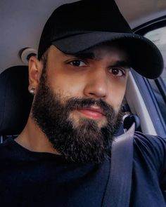 "ODYSSΣUS Beard on Instagram: ""Hit Like 👍 ------------------------ Follow: @odysseusbeard Follow: @odysseusbeard Follow: @odysseusbeard . 📸 - @brauli_ . Like this Post .…"""