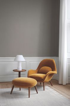 Space Copenhagen's Swoon upholstered chair and ottoman with oak legs by Fredericia. Living Room Sofa Design, Living Room Seating, Living Room Furniture, Chair And Ottoman, Upholstered Chairs, Chair Design, Furniture Design, Furniture Nyc, Furniture Online