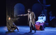 Les Misérables, Tampereen Teatteri: Sören Lillkung (Javert), Tero Harjunniemi (Jean Valjean), Ele Millistfer (Fantine). Photo: Harri Hinkka