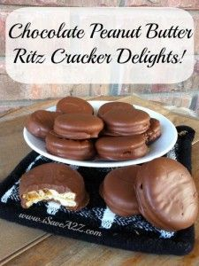 Check out this super easy Chocolate Peanut Butter Ritz Crackers recipe! You are going to love this very simple and quick recipe! Candy Recipes, Cookie Recipes, Dessert Recipes, Easy Desserts, Delicious Desserts, Yummy Food, Dessert Healthy, Holiday Baking, Christmas Baking