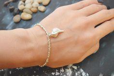 C-054 Silver Beaded bracelet, Seed bead bracelet, Seashell bracelet, Pendant Bracelet, Simple bracelet, Charm bracelet/Everyday jewelry/