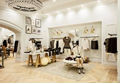 Club Monaco Store, love it!