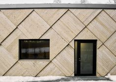 Giant wooden shingles cover the curving walls of this woodland trail centre by Swedish architecture firm Tengbom, designed to mimic the form and texture of a pine cone; Timber Cladding, Exterior Cladding, Wall Cladding, Exterior Shutters, Wall Exterior, Facade Design, Exterior Design, Interior And Exterior, Scandinavian Architecture