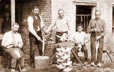 making wooden shoes in the Netherlands #Siepelmarkten #Ootmarsum