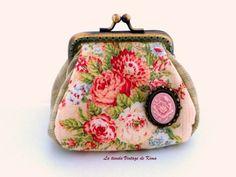 Monedero tela -ramillet rosa- de La Tienda Vintage de Kima por DaWanda.com