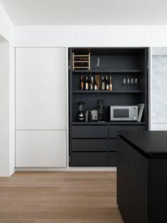 Lovely ikea kitchen cabinets 2010 only in zelta home design Ikea Kitchen Design, Modern Kitchen Design, Interior Design Kitchen, Kitchen Designs, Black Ikea Kitchen, Kitchen Decor, Kitchen Ideas, Kitchen Contemporary, Kitchen Layout