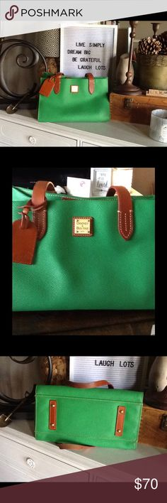 Kelly Green Dooney & Bourke small shopper tote Like new Dooney & Bourke. Excellent condition inside and out. Dooney & Bourke Bags Totes