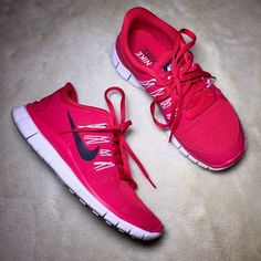 Women's Nike Free 5.0 Condition: like new. Worn a few times. Super comfortable! This is red, not pink at all. The lighting is making it look different. ❌No trades/ offers. Nike Shoes Sneakers