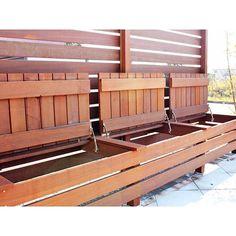 収納にもなるウッドベンチ 何かと便利です ウリン材を使えばノーメンテナンスで30年保ちます✨ * #ウッドデッキ #収納 #収納ベンチ #ベンチ下収納 #千葉県 #八千代緑が丘 #ガーデニング #外構 #エクステリア #造園 #埼玉 #柏 #リフォーム #庭 #インテリア #garden #gardening #exterior #chiba #yachiyo #japan #interior #wooddeck #strage