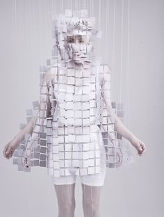 Lucy McRae for Robyn #fashion #editorial #white #fragmented