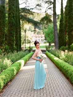 Holy Gorgeousness. If you are all about ROMANCE, this next shoot will surely be your cup of tea. Held at Villa Montalvo in Northern California, and fashioned after the beloved Jane Austen novel Pride and Prejudice, this is one of those shoots that makes you rethink every little detail thus planned for your wedding. Don't…