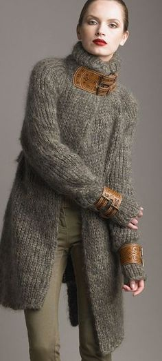 Adorable long and thick woolen cardigan