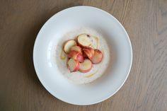 Griekse yoghurt met wilde perzik en honing