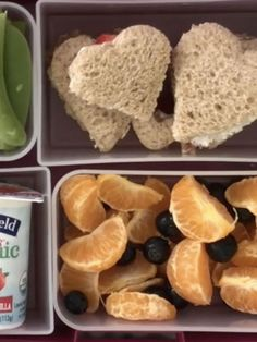 Find over 700 easy family recipes for breakfast, lunch and dinner. Including homemade baby food recipes, toddler food, and school lunch ideas at Weelicious. Toddler School, Toddler Lunches, Toddler Food, School Lunch Recipes, School Lunches, School Days, Healthy Meals For Kids, Kids Meals, Healthy Food