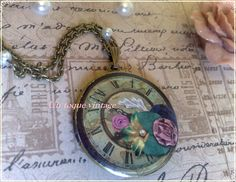 "Guardapelo ""Romantic clock"""