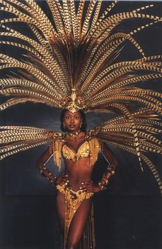 """Wendy Fitzwilliam (Miss Universe in her award winning costume aptly titled """"Freedom."""" The costume was designed by Harts Mas Camp www. [i'm in snowy London, day dreaming about Carnival in Trinidad, sigh. Caribbean Carnival Costumes, Trinidad Carnival, Carnival Outfits, Rio Carnival, Carnival Girl, Brazil Carnival Costume, Brazilian Carnival Costumes, Miss Universe 1998, Costume Ethnique"""