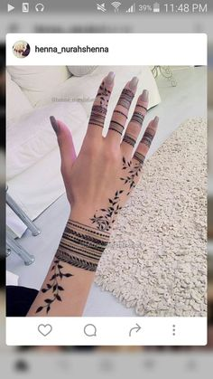 51 Super Ideas For Tattoo Finger Simple Mehndi Designs Henna Hand Designs, Henna Tattoo Designs, Modern Mehndi Designs, Beautiful Henna Designs, Latest Mehndi Designs, Mehndi Designs For Hands, Tattoo Ideas, Henna Tattoo Hand, Henna Body Art