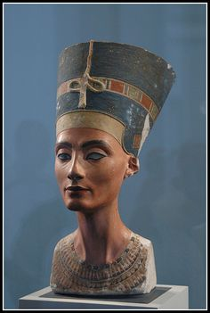 Altes Museum (Berlin) - Nefertiti by George M. Groutas, via Flickr
