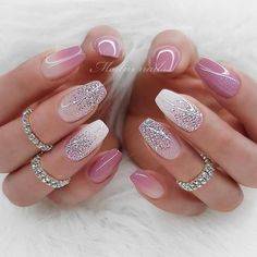 30 Cute Summer Nails Designs Winter Nail Color With Glitter The best Fashionable Nails manicure ideas to inspire your next Hearst Fashion and Luxury Collection Picture Credit Cute Summer Nail Designs, Cute Summer Nails, Pretty Nail Designs, Pretty Nail Art, Simple Nail Designs, Gel Nail Designs, Best Summer Nail Color, Nails Design, Sparkle Nails