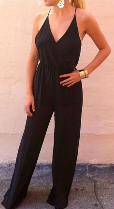 Adorable black jumpsuit fashion style