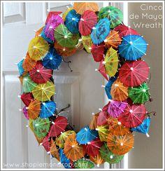 Simple last minute Cinco de Mayo Wreath idea.