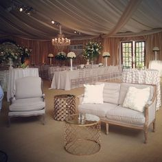 We love mixed seating! Chiavari chairs, lounge seating. Gorgeous.